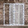 Fenêtre coulissante a double ventaux parallèles avec 2 poignée,4 point de fermeture de chaque coté.